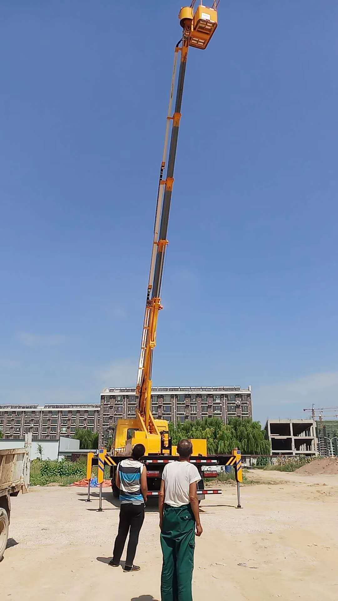 东风28米高空作业车