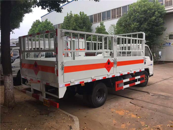 3.1米江铃气瓶运输车