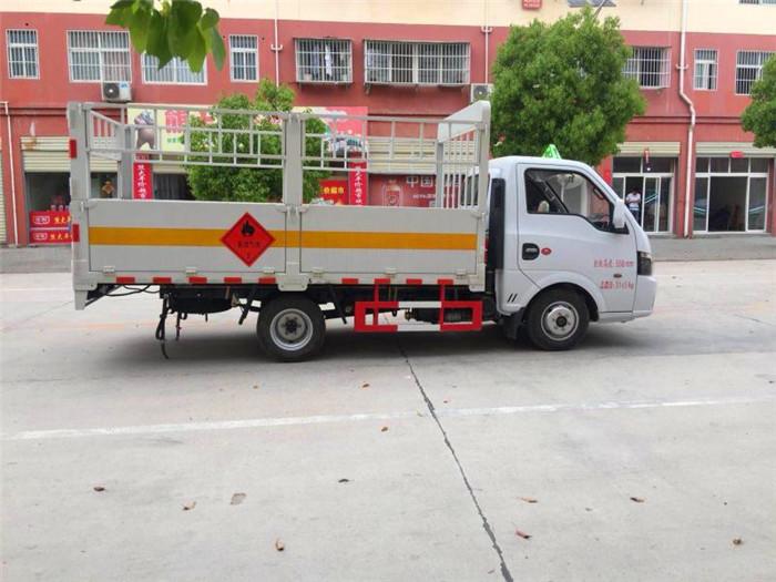 湖北江南东风途逸3米气瓶运输车2019che.com