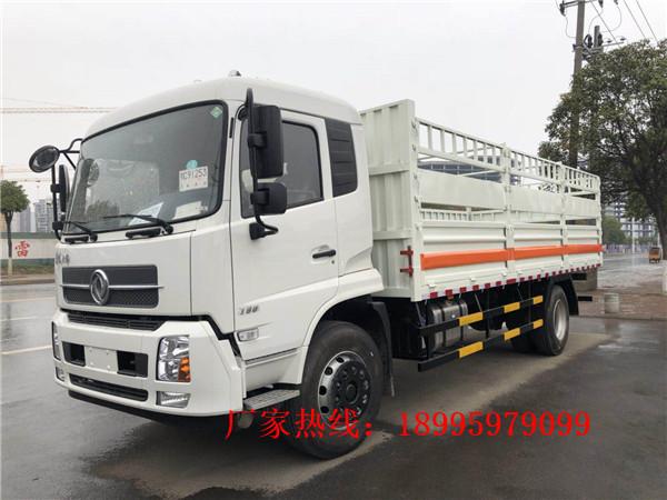东风天锦10吨(6米7)气瓶运输车