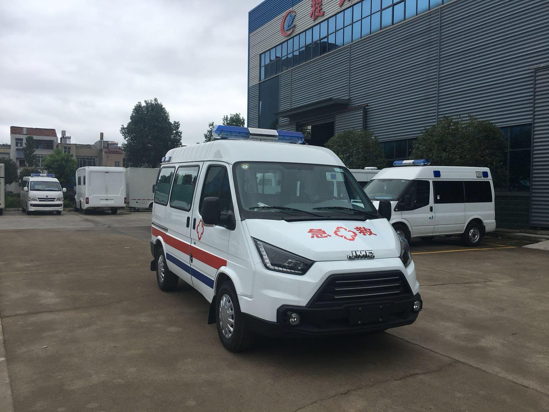 江铃特顺短轴运输型柴油版救护车