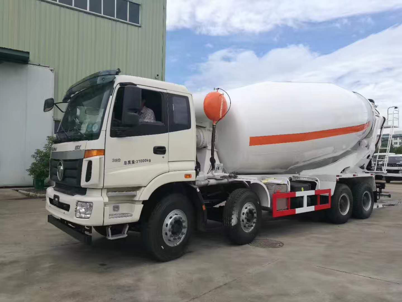 福田欧曼18方水泥搅拌车图片