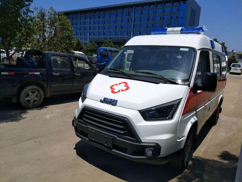 江铃特顺短轴运输型汽油版救护车