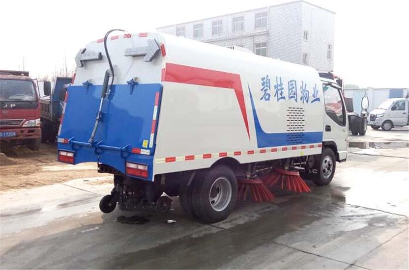江淮康铃扫路车 (4)