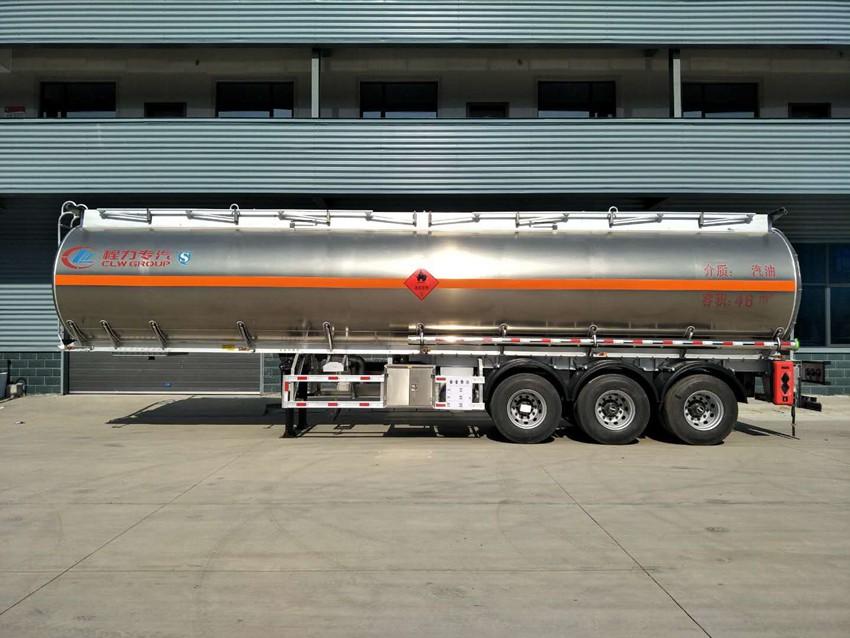 46立方铝合金半挂油罐车