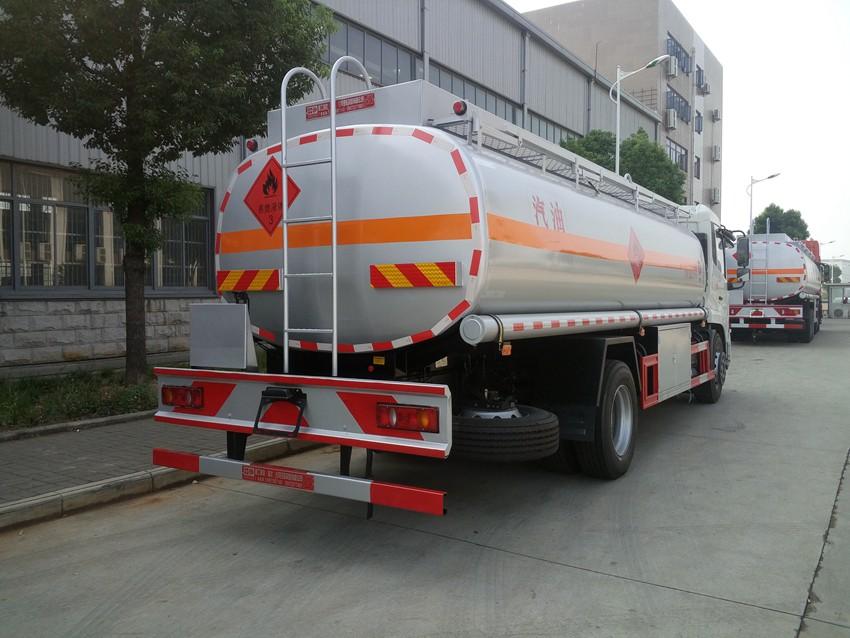 春風天錦12噸油罐車