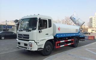 东风天锦洒水车加装50-100米雾炮图片