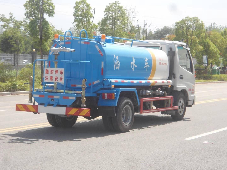 凱馬國五5噸灑水車