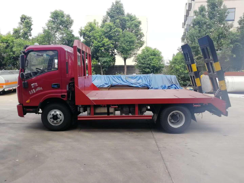 唐骏T7宽体驾驶室蓝牌平板运输车图片