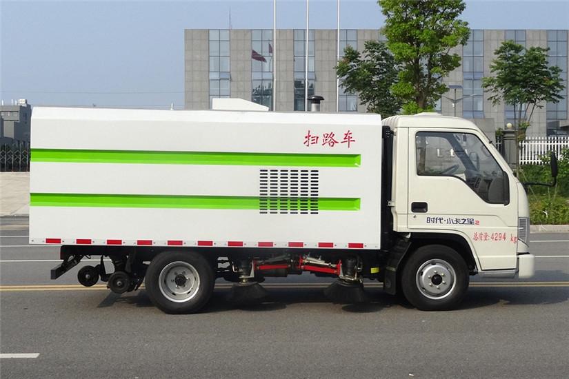 福田时代小卡之星扫路车 (2)