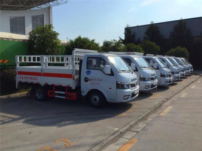 湖北江南2.6米东风途逸气瓶运输车厂家图片