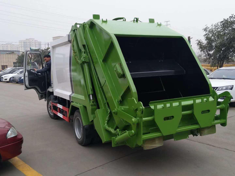 凱馬2800軸距藍牌壓縮垃圾車圖片