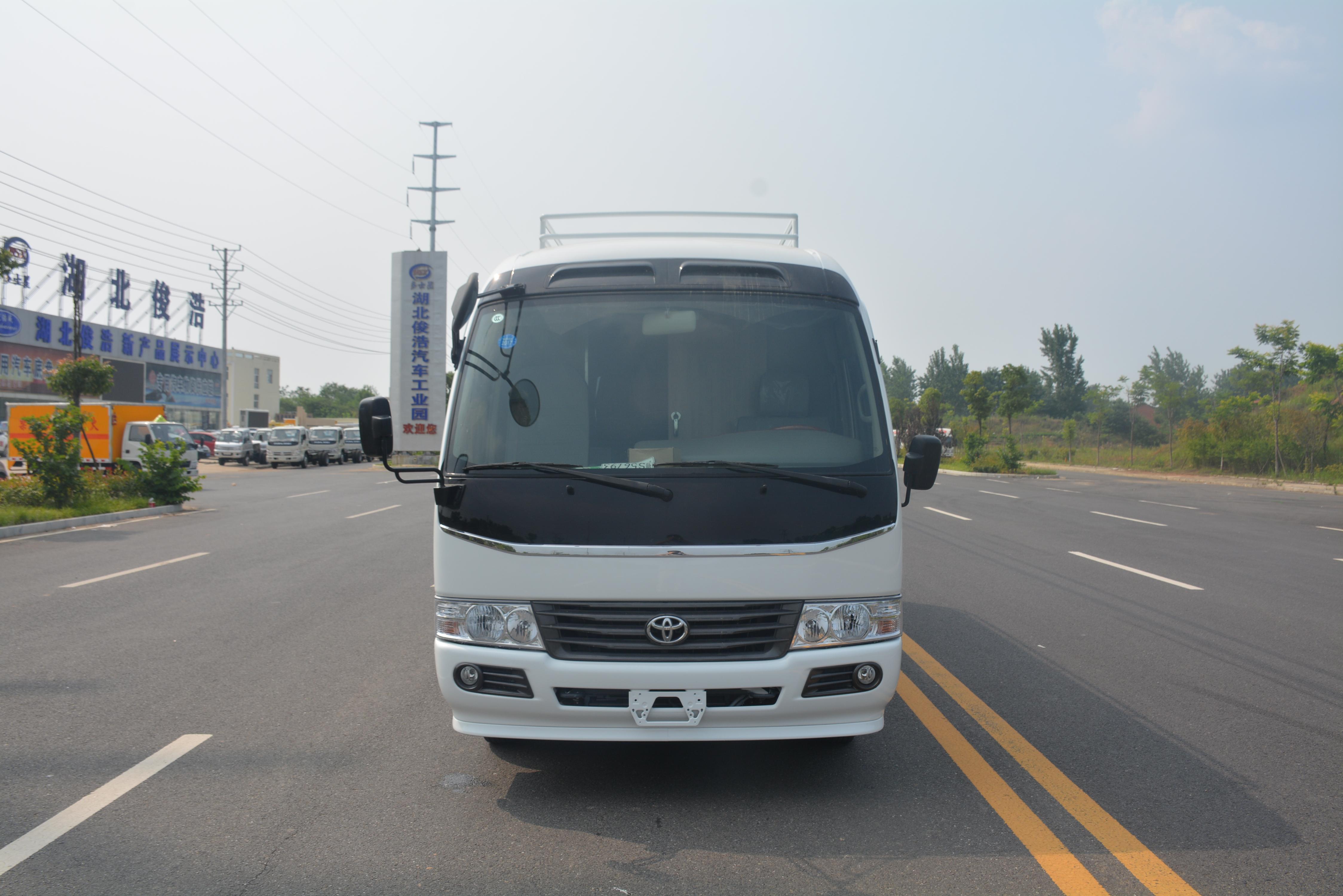 丰田考斯特食品检测车