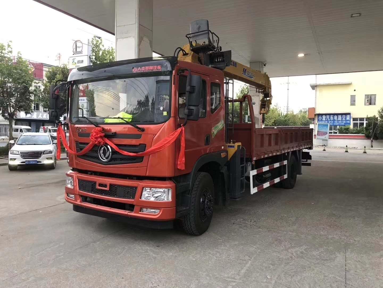 东风新款后八轮徐工12吨随车吊现车供应!