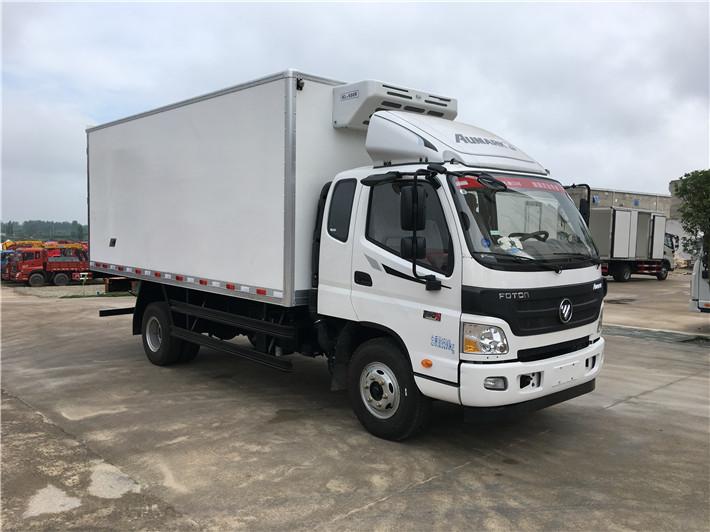 福田欧马可排半5.1米冷藏车