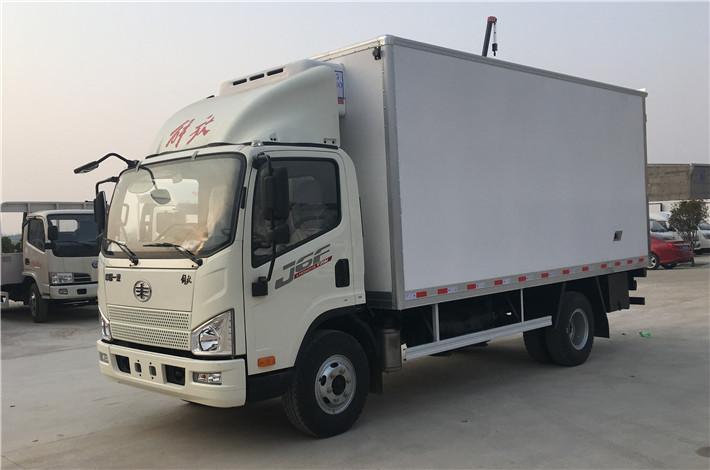 解放J6F厢长5.2米冷藏车
