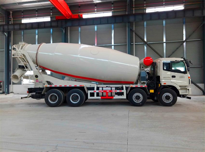 欧曼18方混凝土搅拌运输车