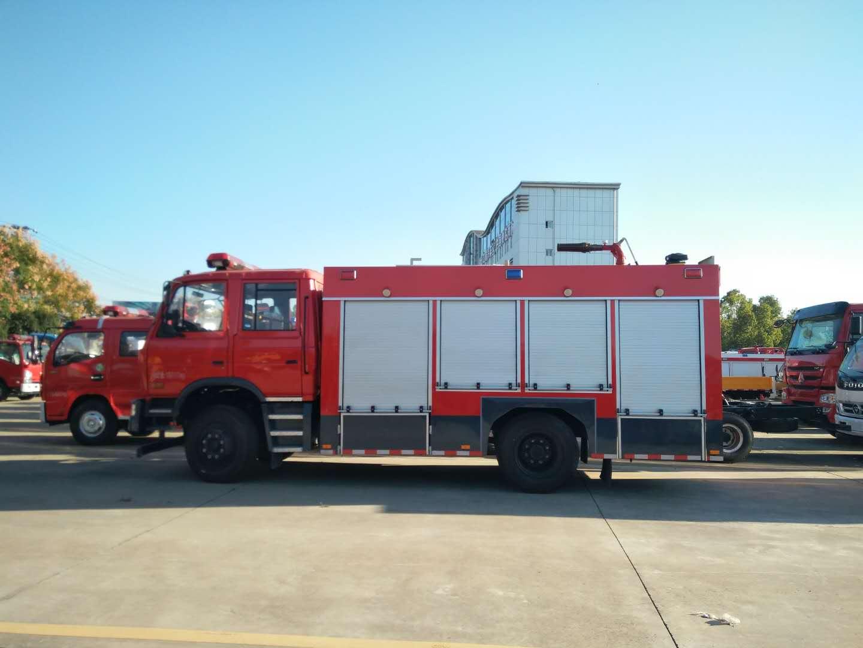 东风泡沫消防车图片