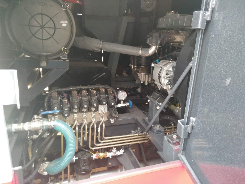 东风多利卡D6扫路车图片