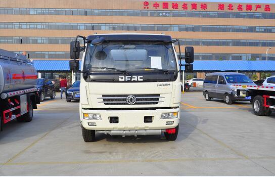 东风10.5方(实际11.3方)汽油加油车(热销车型)