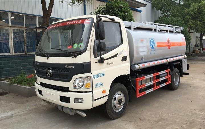 福田欧马可9.75方流动加油车