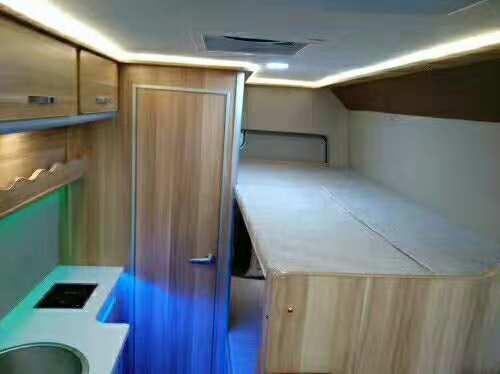 东风房车床铺设计