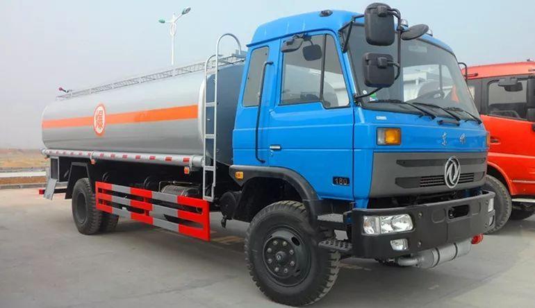 東風145-12.5方(實際14.3方)汽油運油車