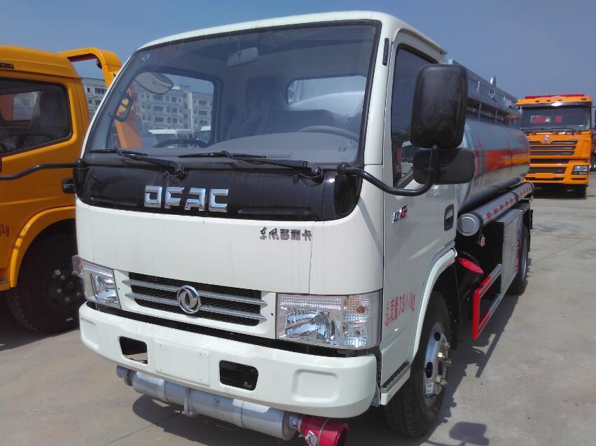 东风小多利卡5.15方(实际6方)汽油加油车(热销车型)