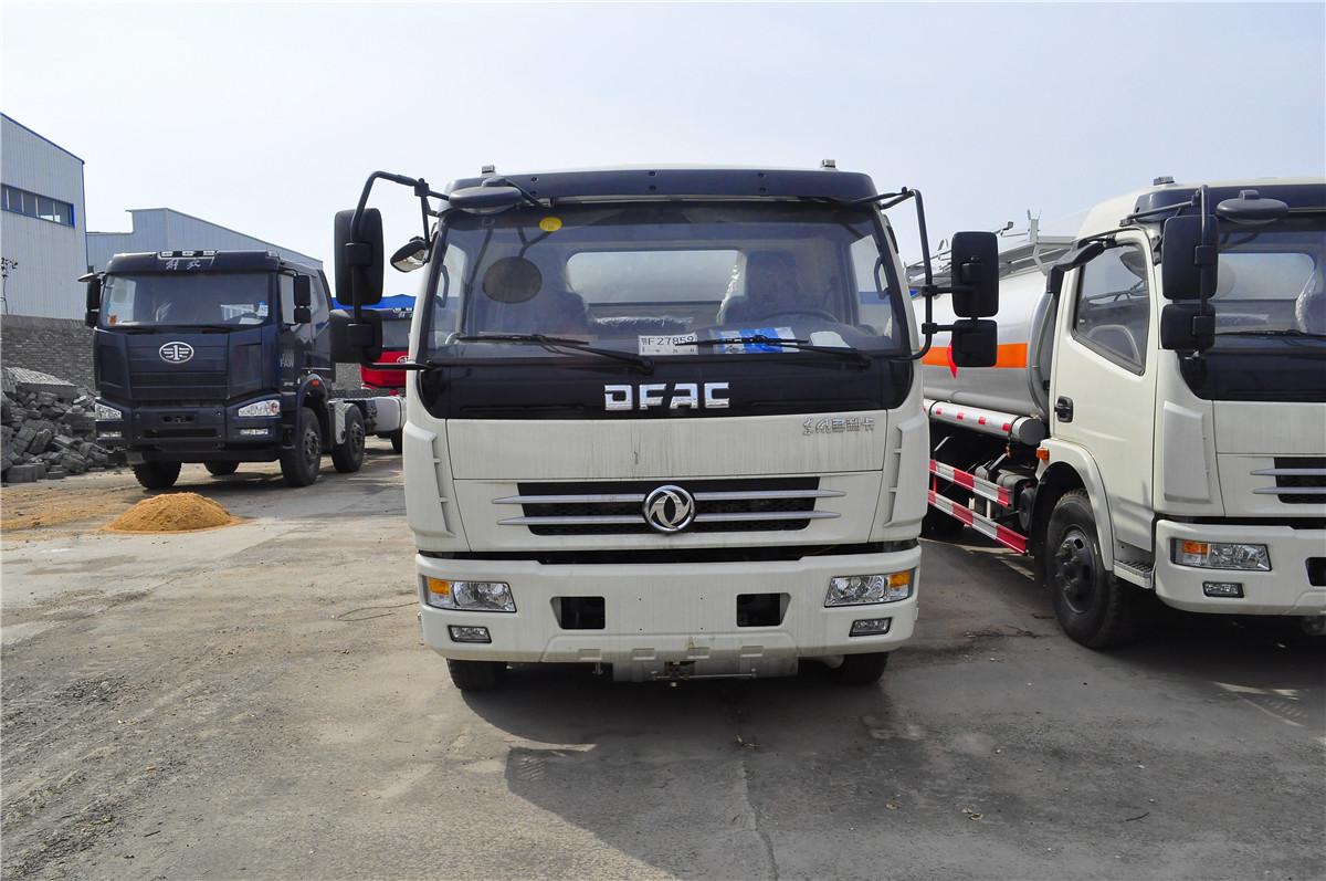 东风(二汽)9.4方(实际11.2方)汽油加油车