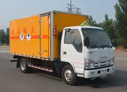 慶鈴8類危險品運輸車