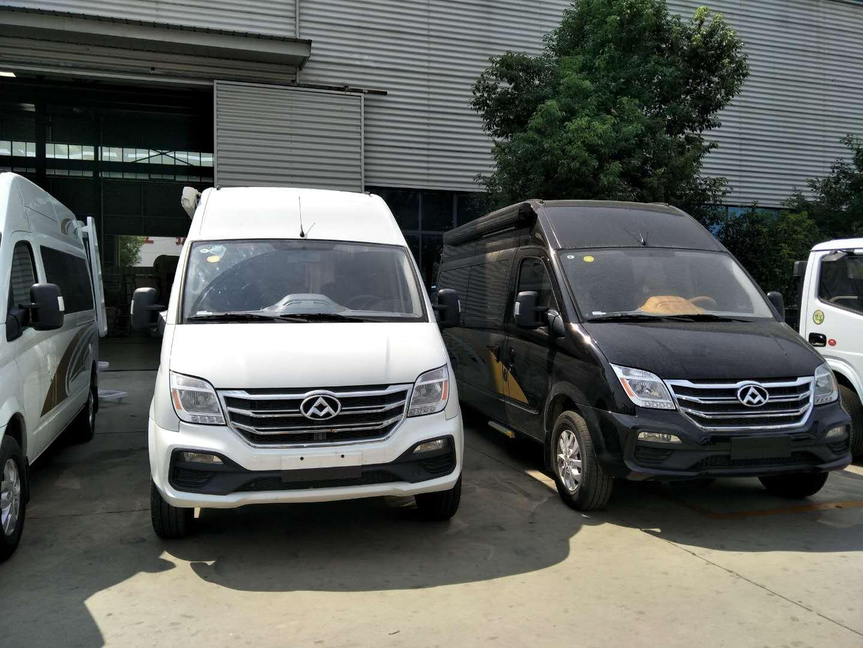 新疆和田上汽大通房车价格二十来万让你有房又有车