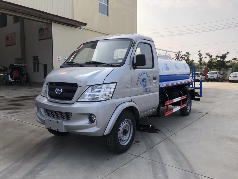 昌河汽油3吨洒水车  蓝牌洒水车首选图片