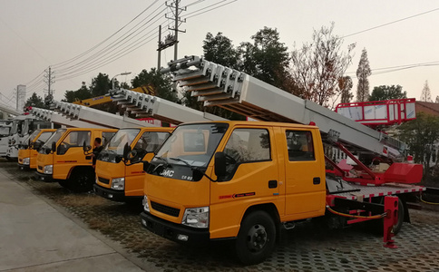 江铃28米云梯搬运车韩国进口上装