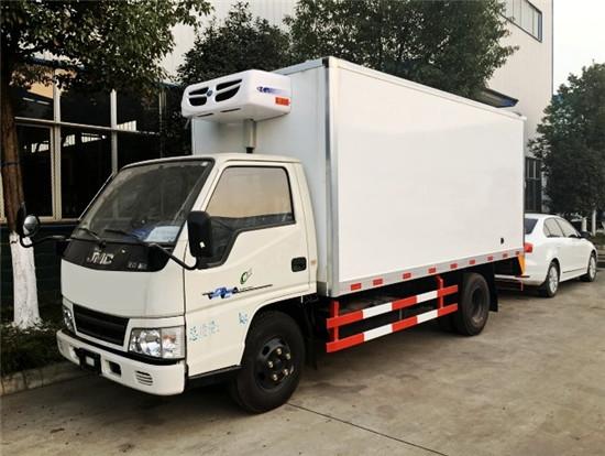 江铃新顺达国五4.2米冷藏车