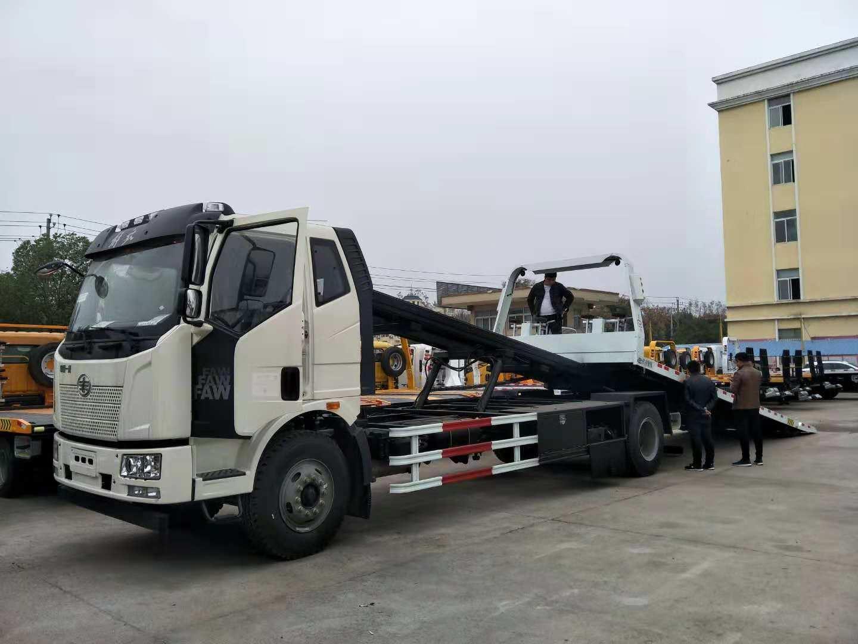 10吨解放大平板道路清障车 (1)