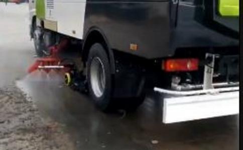 东风天锦15吨洗扫车效果视频视频