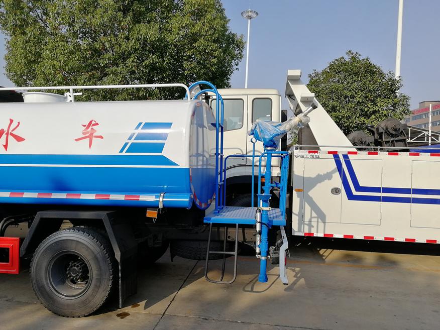 8噸灑水車4