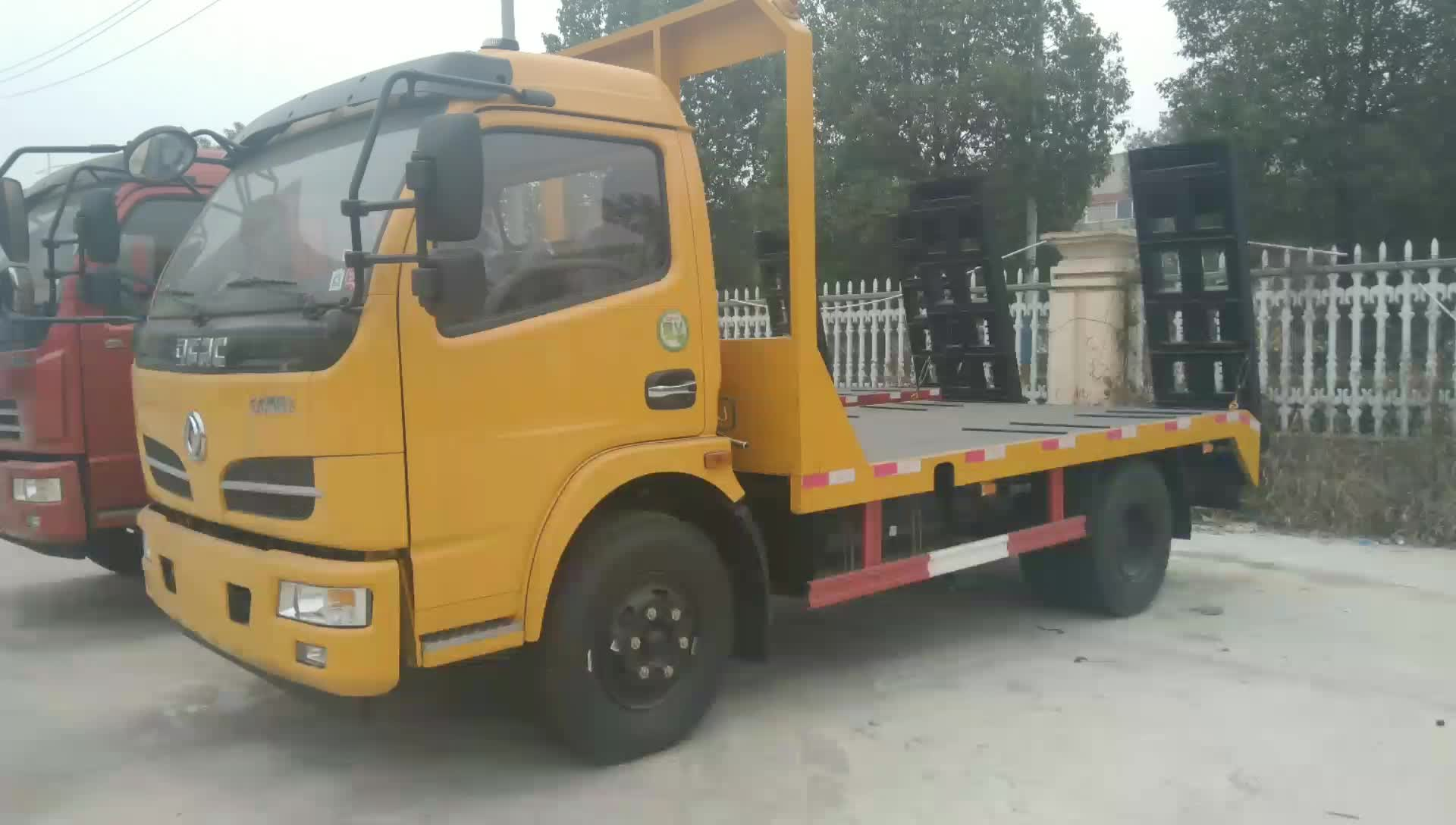 东风多利卡黄色平板车