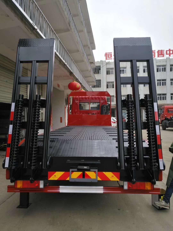 后八轮15吨平板运输车现车特价