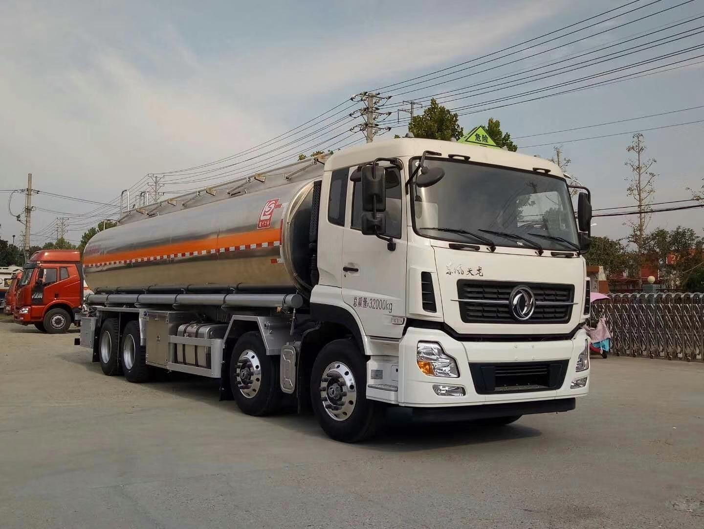 东风天龙雷诺 350马力 运油车图片