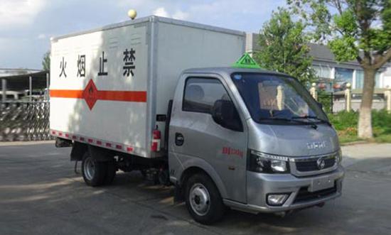 东风途逸易燃气体厢式运输车