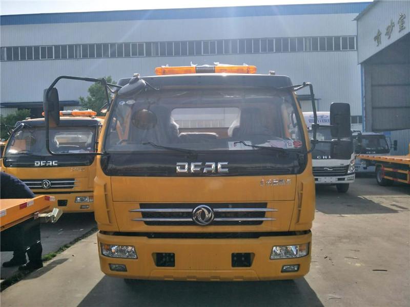 云南文山一拖二3吨东风平板道路清障车年底仅售......