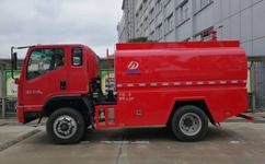 救火用的消防洒水车正宗厂家生产价格优惠质量好