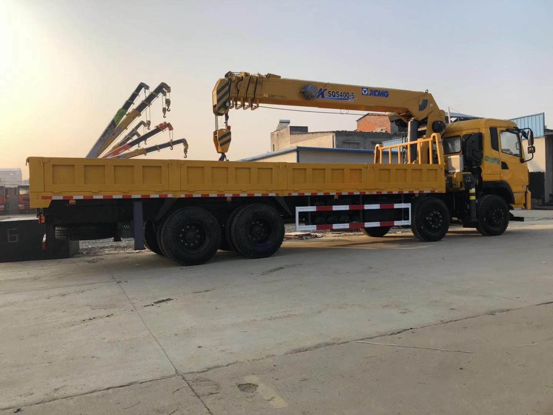 前四后八缩短桥7.5米货箱可做平板拉挖机