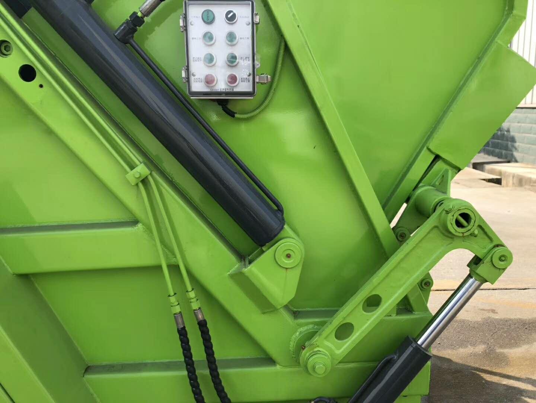 东风6立方压缩垃圾车图片