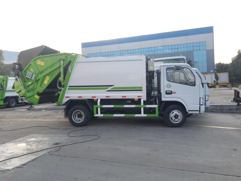 东风6立方压缩式垃圾车图片