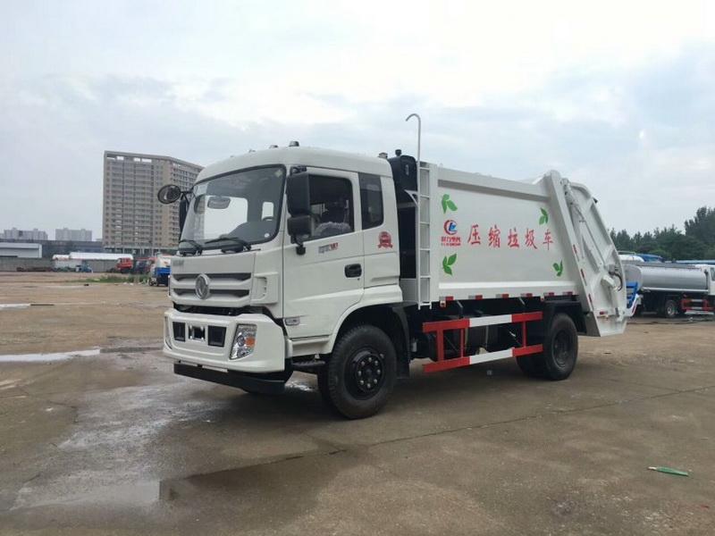 东风专底压缩式垃圾车图片1