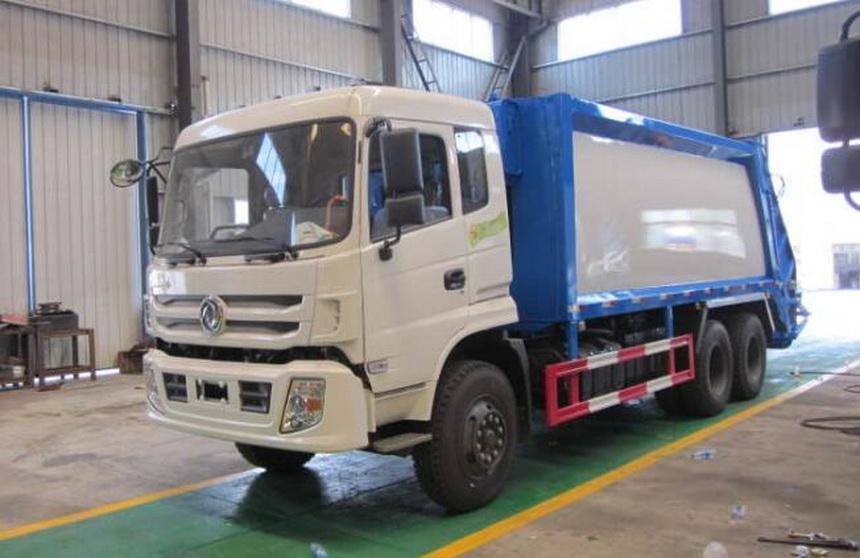 采购16吨天锦压缩式垃圾车价格配置同时应打开污水箱阀门,将箱体内的污水一并放出,以方便下一次的作业。