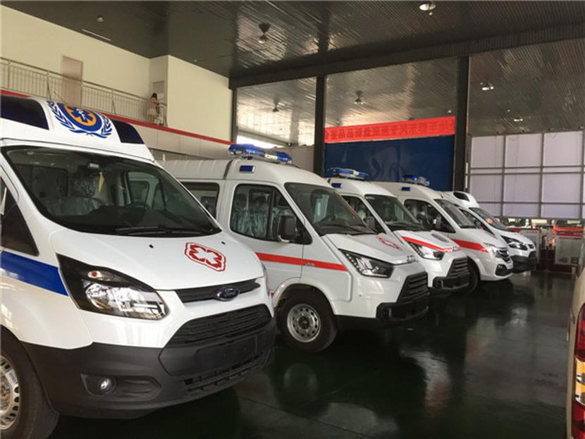 金杯海狮紧急救护车生产厂家第三种则是折叠式备胎 ,平常折叠起来放在后备箱中 ,翻开后满足气便是一个应急的备胎 。
