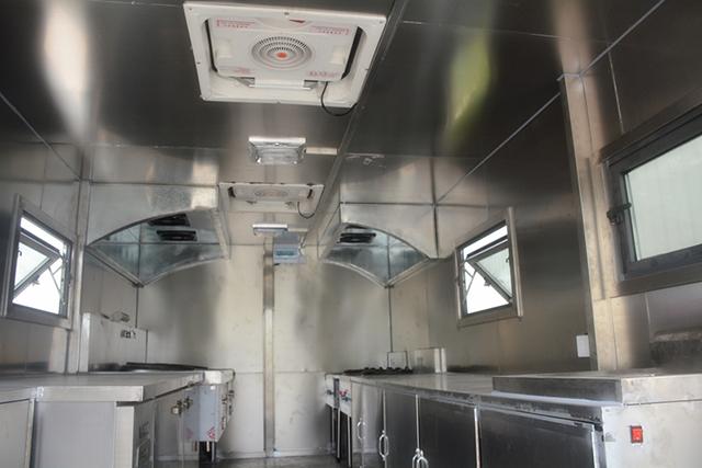 程力威野外炊事车图片